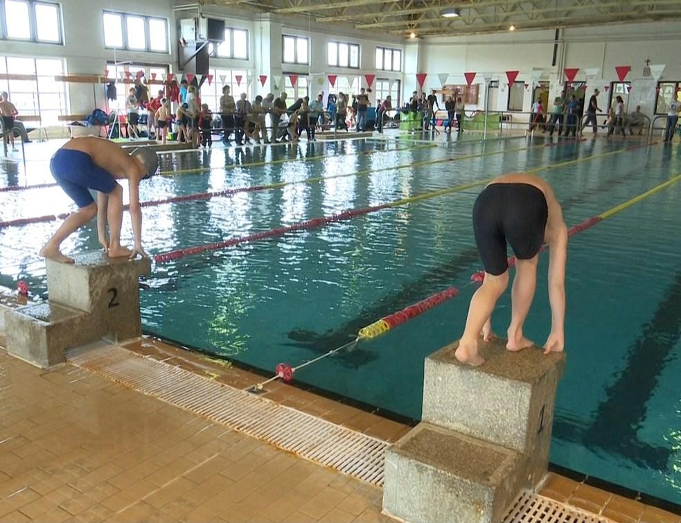 III. Somogy-Zala megyei régiós körverseny a Mozdulj Csurgó Úszóegyesület szervezésében.