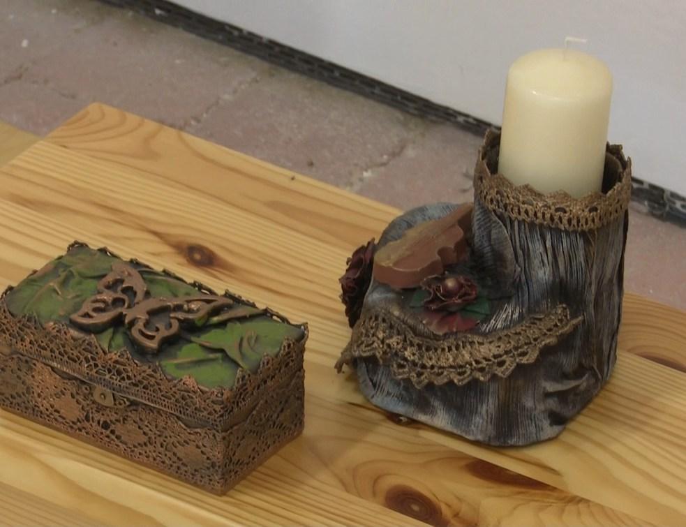 Egyedi kézműves termékek kiállítása a Történelmi Parkban