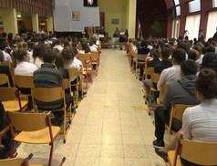 Névadójára emlékezett az Eötvös József Általános Iskola