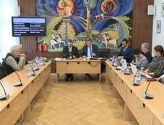 17 előterjesztés a májusi testületi ülésen