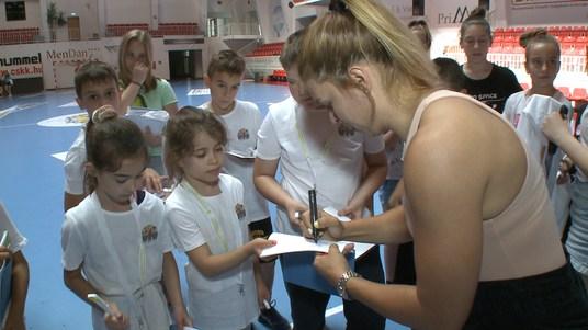 Világklasszis játékosok a kézilabdatáborban