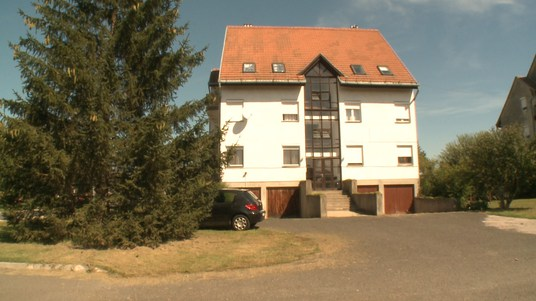 Hosszas vita után döntött a testület a Nyárády utcai önkormányzati ingatlan eladásáról