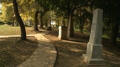 Megújult Nagyváthy János síremléke
