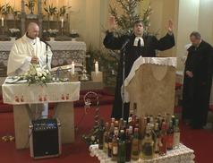 János-napi borszentelés a Szentlélek Katolikus Templomban