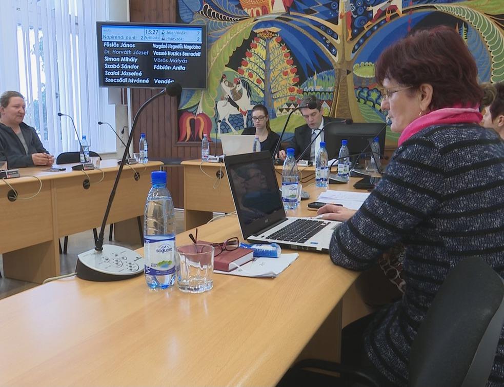 Rendkívüli ülést tartott a képviselő-testület
